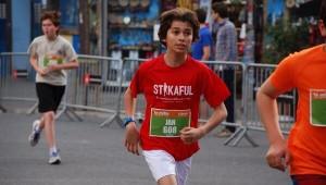 Tradicionales carreras con niños en Barcelona