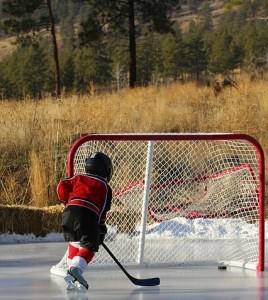 Hockey y las aventuras de este deporte por equipos para niños