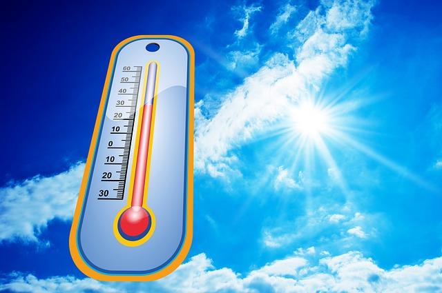 Por qué es importante hidratarse en los veranos