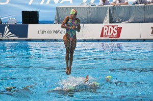 que-es-la-natacion-sincronizada-y-sus-equipos