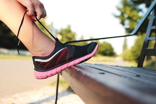 Los mejores deportes para niños de 5 años-zapatos