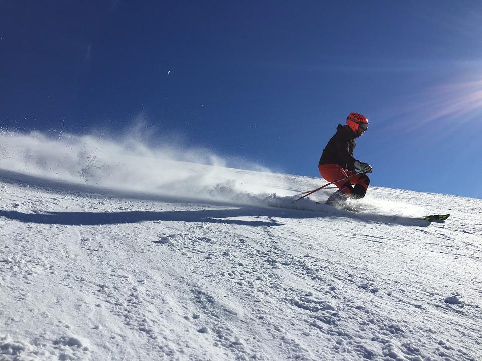 Deportes con nieve para niños-Rapidez y emoción