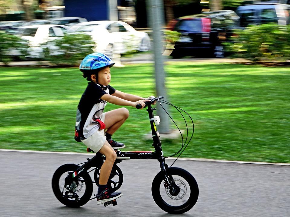 Planes de deporte y aventura para niños en Madrid - bicicleta