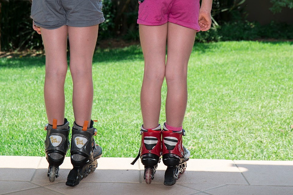 Deportes ideales para niños en verano - patinaje