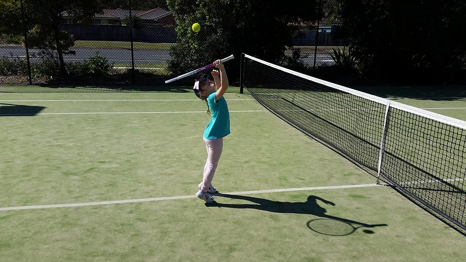 Deportes perfectos para toda la familia-Ventajas del deporte en familia-tenis